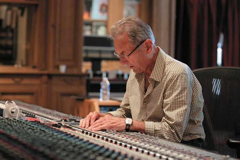 آل اشمیت بزرگترین و پر افتخارترین مهندس صدای جهان