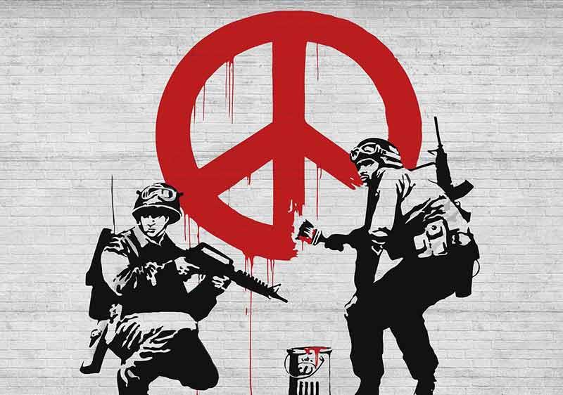 گرافیتی روی دیوار | اثر بنکسی