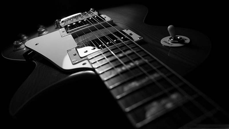 گیتار الکتریک (گیتار برقی)