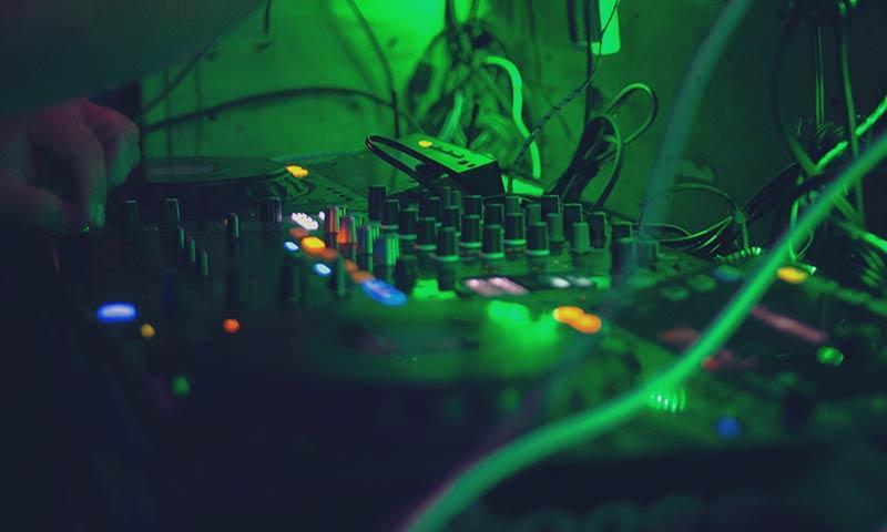 موسیقی سبک الکترونیک