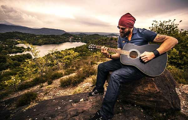 محافظت از گیتار | نگهداری سیم گیتار