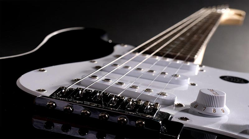 راهنمای قدم به قدم خرید سیم گیتار الکتریک